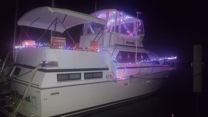Merry Christmas from Motor Vessel Gettin' Looped